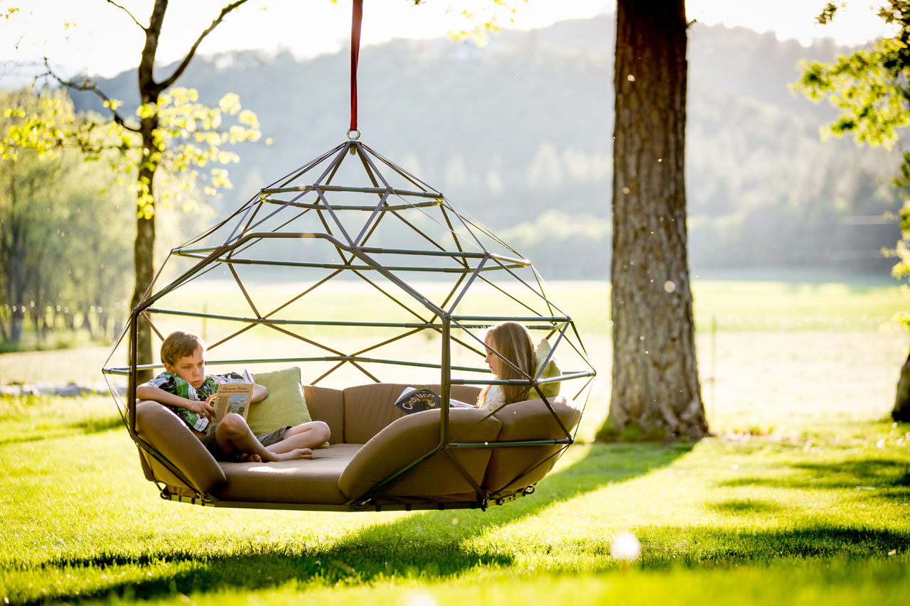 Exceptionnel Kodama Zomes: Hanging Geodesic Homes For Lazing The Summer Away