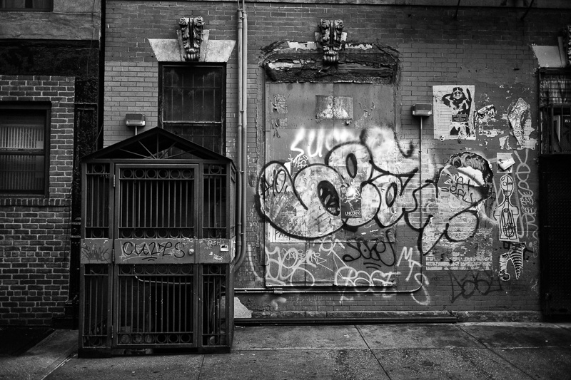 Bob Estremera, NYC architectural photography, black-and-white photography, Greenwich Village photos