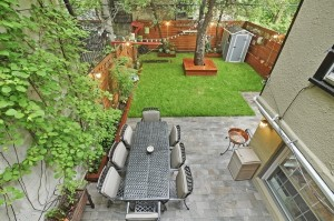 135 Pacific Street, Brooklyn Bridge Park, patio and backyard, apple tree