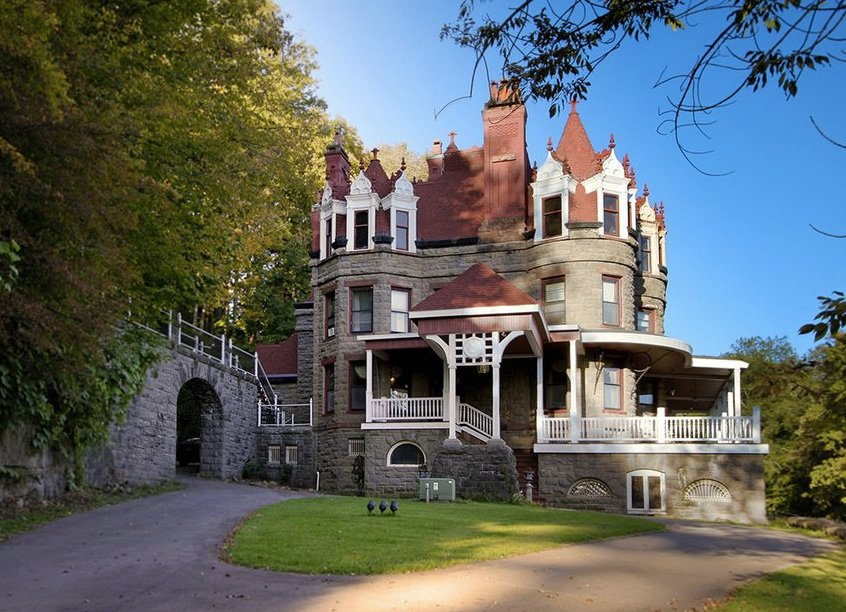 Inventor d h burrell 39 s little falls mansion will for Modern house upstate ny