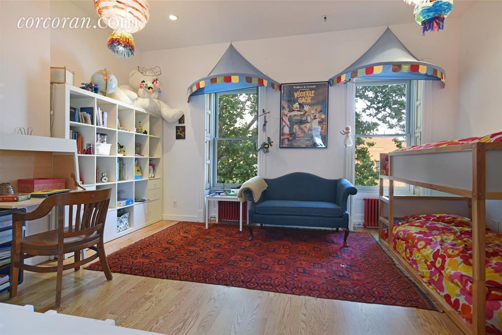 598 Bergen Street, children's room, townhouse