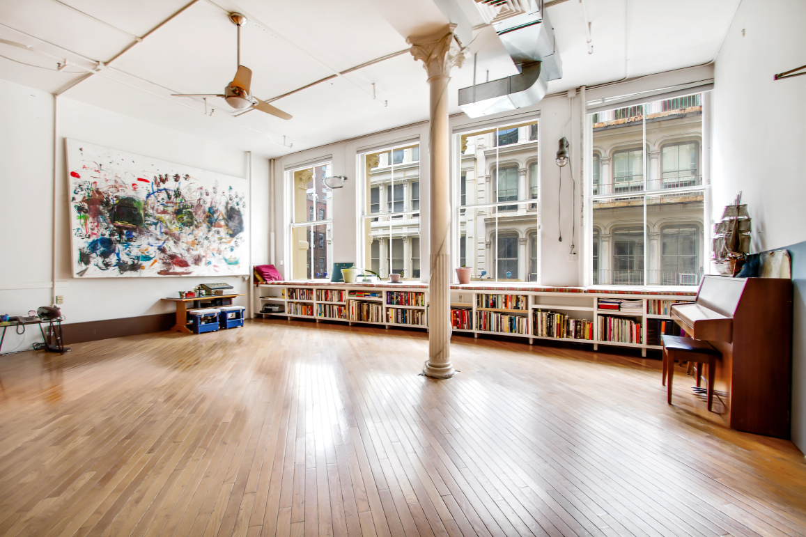 This hip huge artist loft in soho will not come cheap 6sqft for Hippest hotels in nyc
