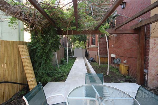 851 Park Place, backyard