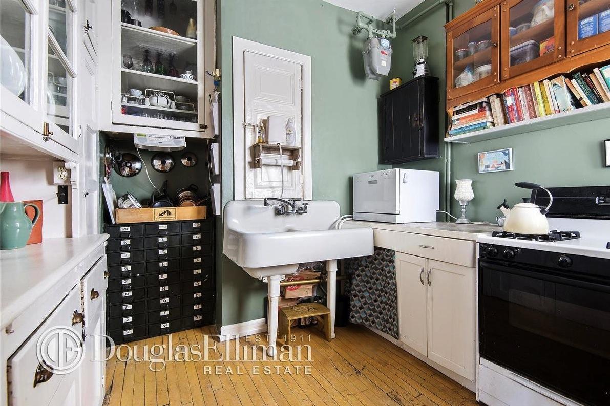 50 Morningside Drive, kitchen, co-op, classic six,