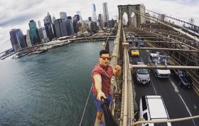 urban explorer, David Karnauch, brooklyn bridge, selfie stick, instagram