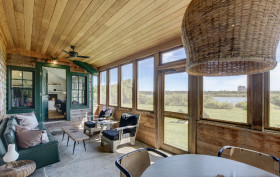 Julianne Moore Montauk house, NYC celebrity real estate, Hamptons celebrity homes, Montauk real estate