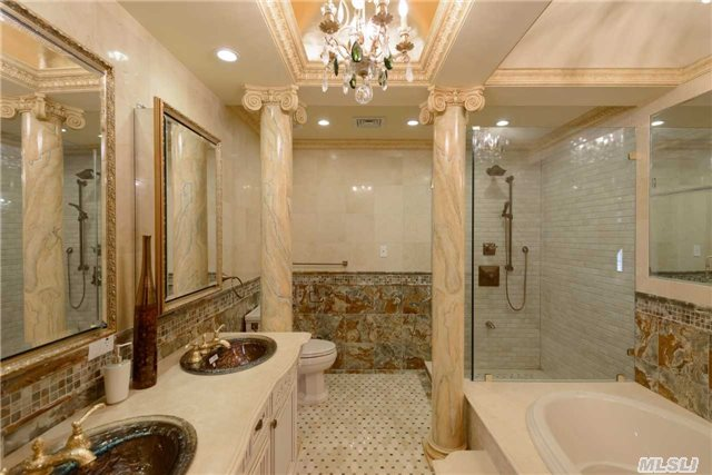 184-15 Hovendon Road, master bathroom, jamaica estates, queens