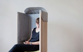 Offline Chair, Agata Nowak, smartphone addiction, furniture technology