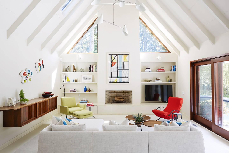 Amy Lau Creates an East Hampton Retreat Using Mid-Century Modern ...