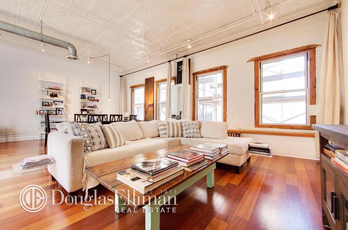 soho loft has plenty of work space plus all the comforts of home for