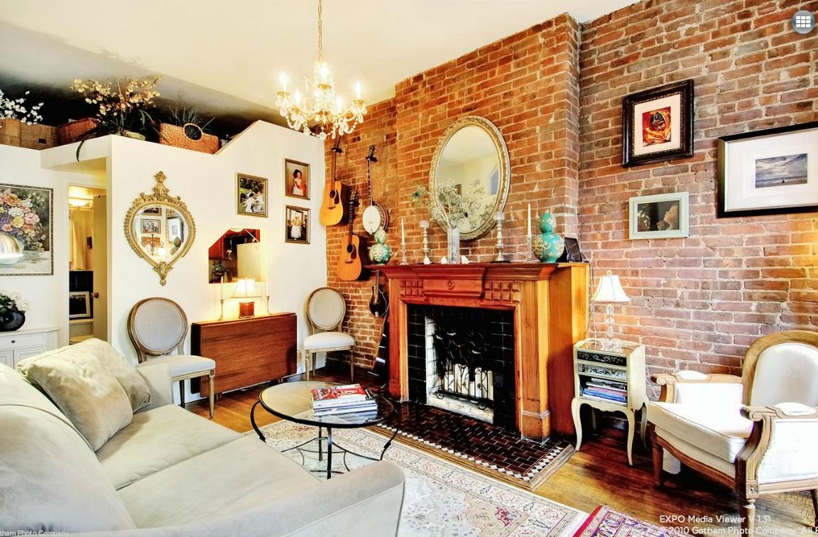 118 West 81st Street, co-op, upper west side, living room