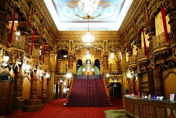 United Palace Theater, New York Adventure Club, Washington Heights theater, Loews Wonder theaters
