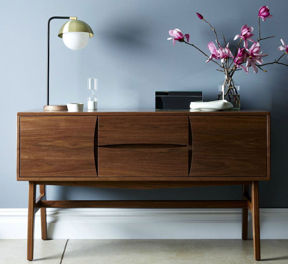 Desi Media Console, katy skelton