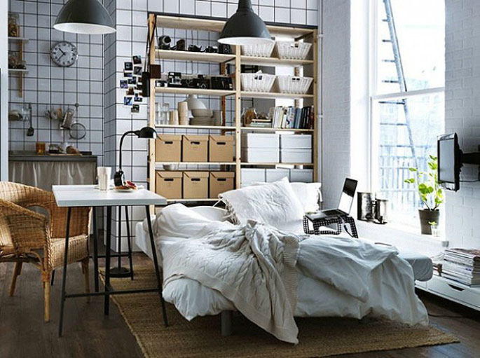 10 Ways to Make the Best of a Studio, decorating with mirrors, create zones,