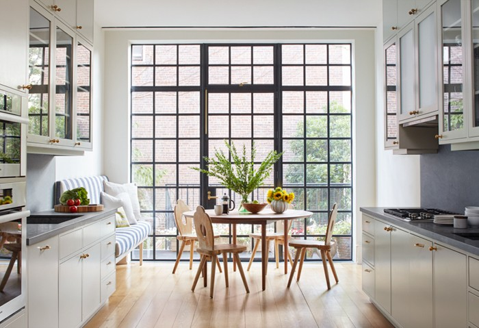 Inside Lang Architecture\'s Light and Airy Carroll Gardens Brownstone ...