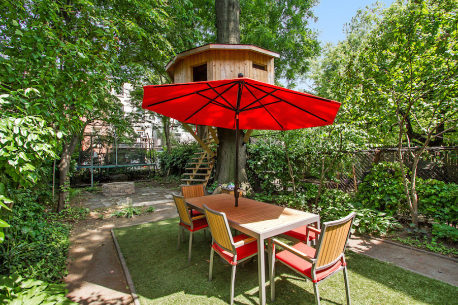 283 Adelphi Street, treehouse, backyard, townhouse