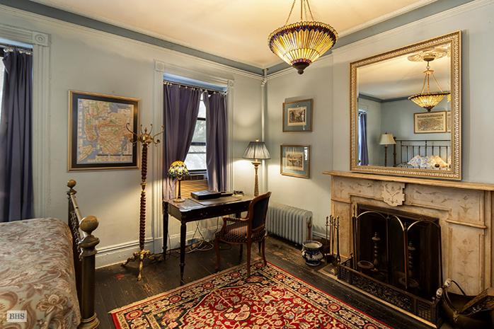 401 Manhattan Avenue, fireplace, living room, harlem