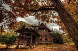 Mark Twain house, ghost tours, haunted house Connecticut