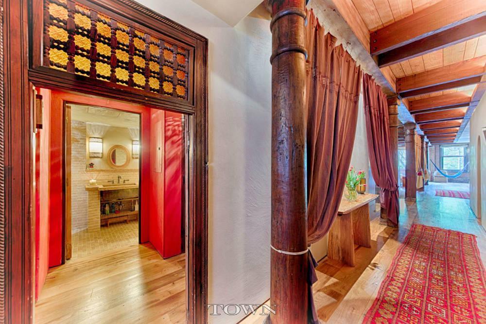 321 Greenwich Street, hallways, entryways, wood