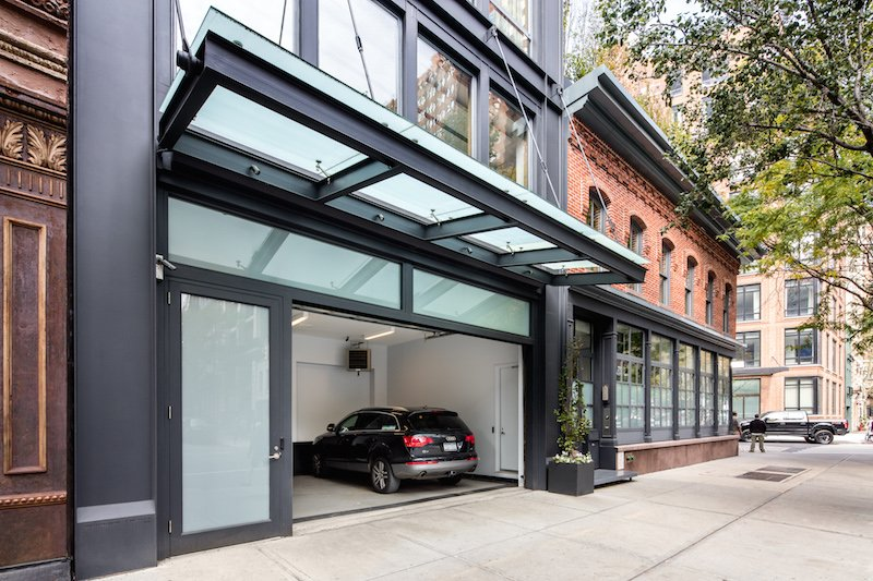 Tribeca suburban 39 mansion with pool and three car garage for Nyc townhouse with garage