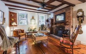 29 Joralemon Street, living room