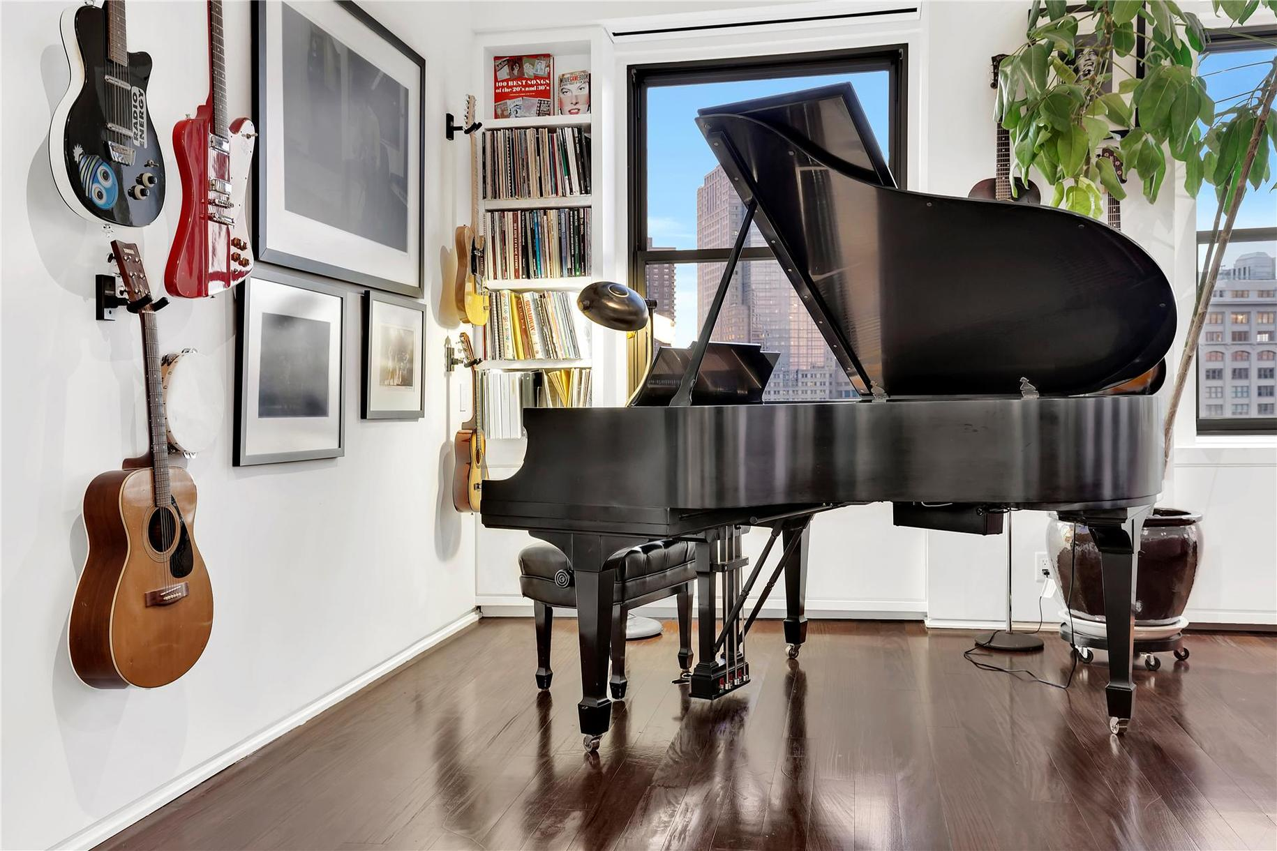 90 Franklin Street Piano
