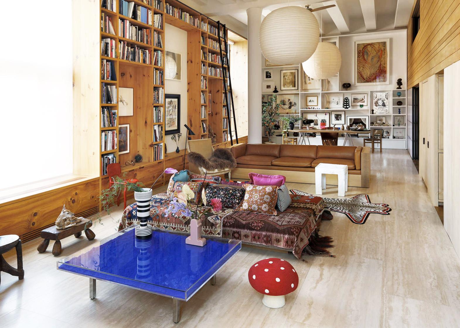 Nolita Loft Interior Boasts Floor To Ceiling Book Shelves ...