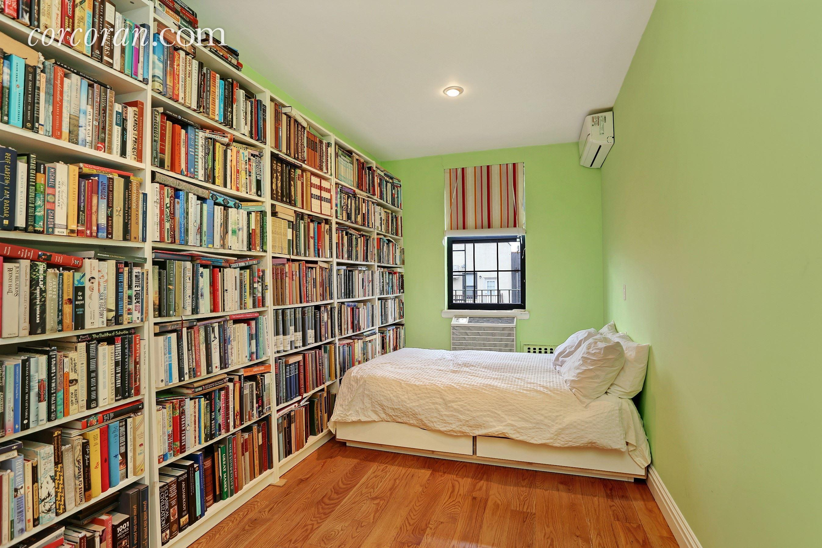 118 St. Marks Place, second bedroom, duplex, rental, park slope
