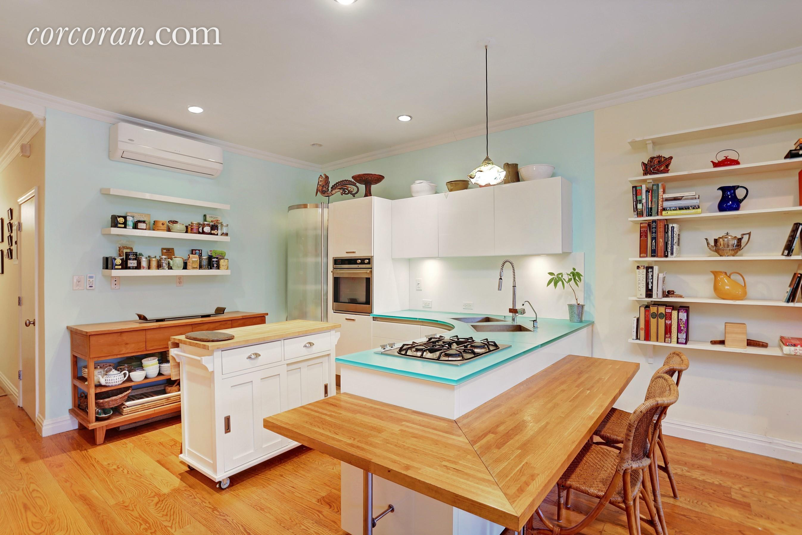 118 St Marks Place, kitchen, park slope, duplex rental, eat-in kitchen