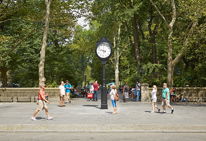 backwards clock, public art NYC, Alicja Kwade, Against the Run, Public Art Fund
