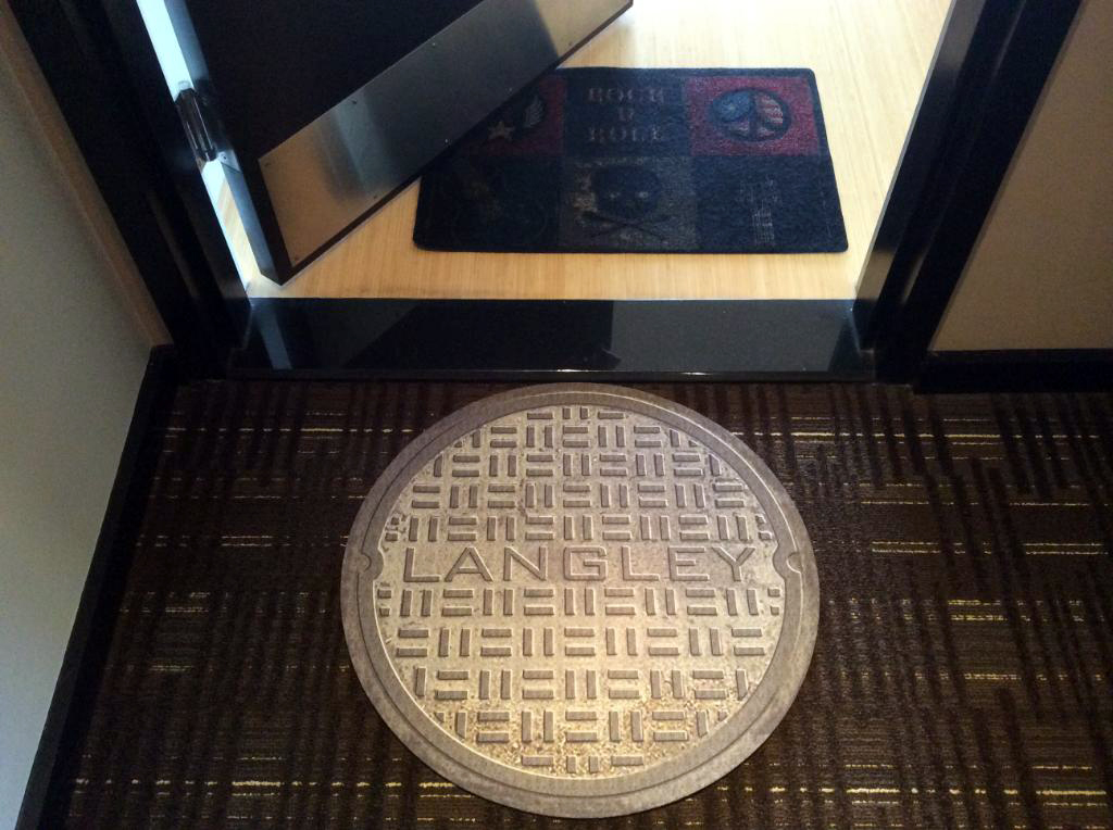 Urban Welcome, manhole doormat, Jim Holodak