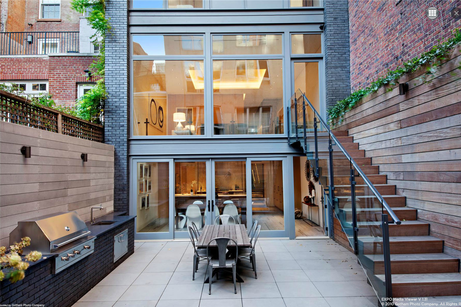 Greenwich village townhouse flip seeks 23 5m after fancy for Townhomes for sale in nyc
