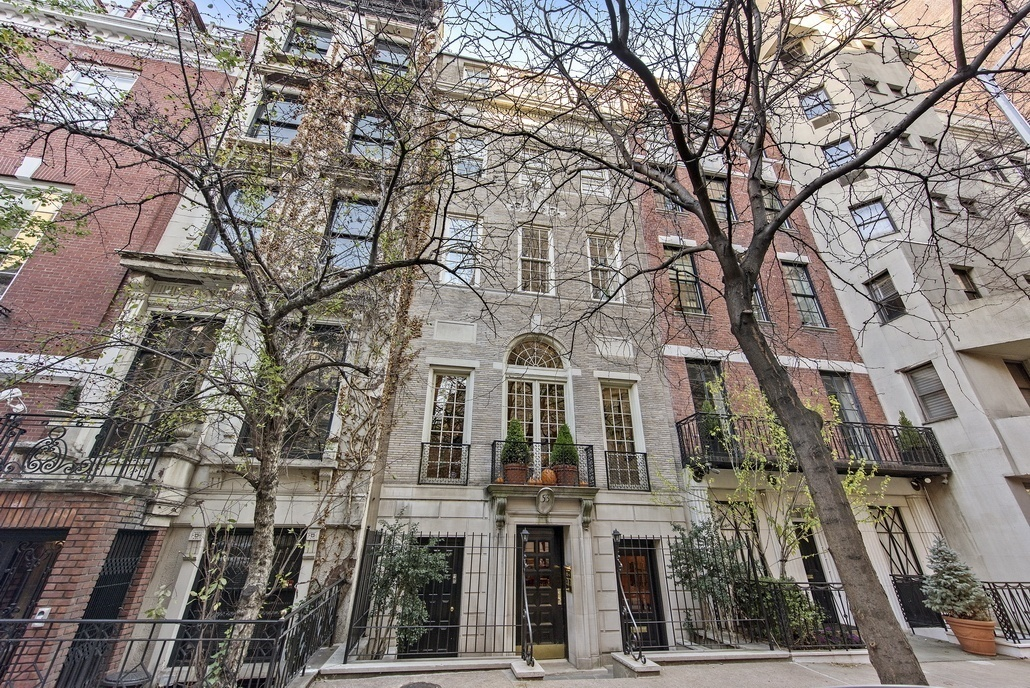 Rent This Sun Filled Upper East Side Townhouse For 35k A