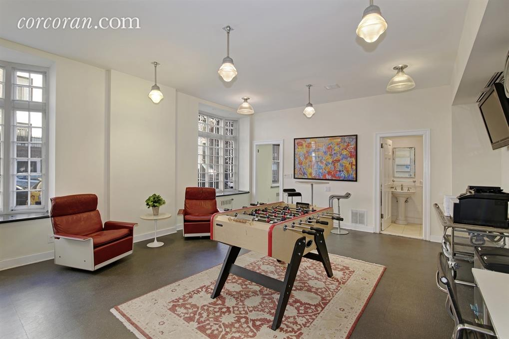 156 East 36th Street, office space, first floor, sniffen court, murray hill, townhouse