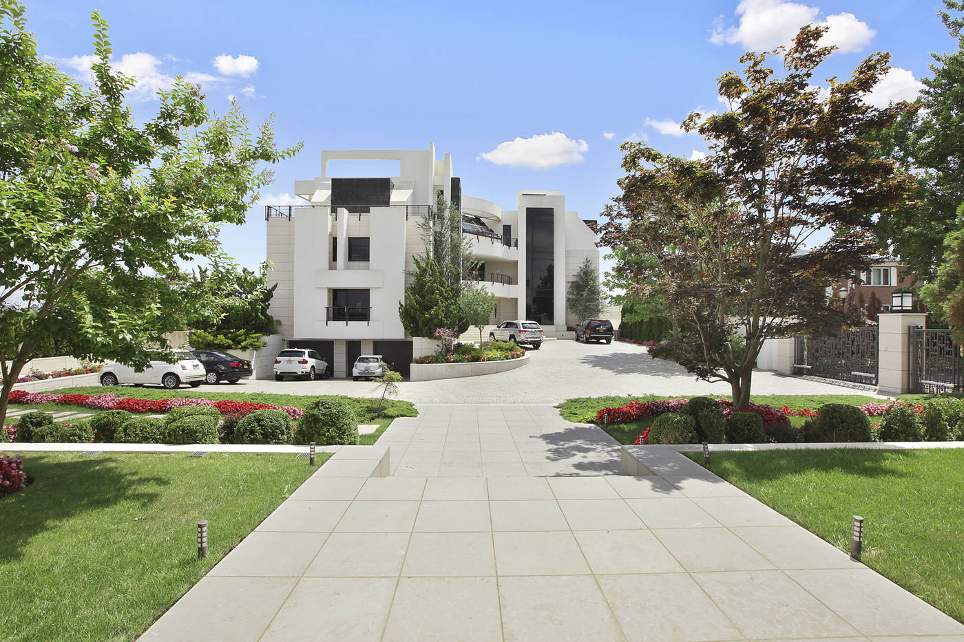 2458 National Drive, Mill Basin, Bonkers, Mansion, waterfront compound, Brooklyn Mansion
