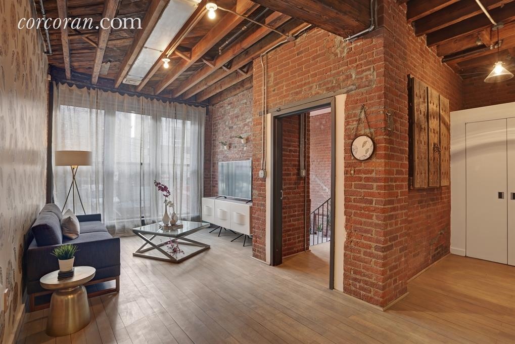 Exceptional Maisonette Meets Loft In This Central Williamsburg Duplex Asking $5,500 A  Month