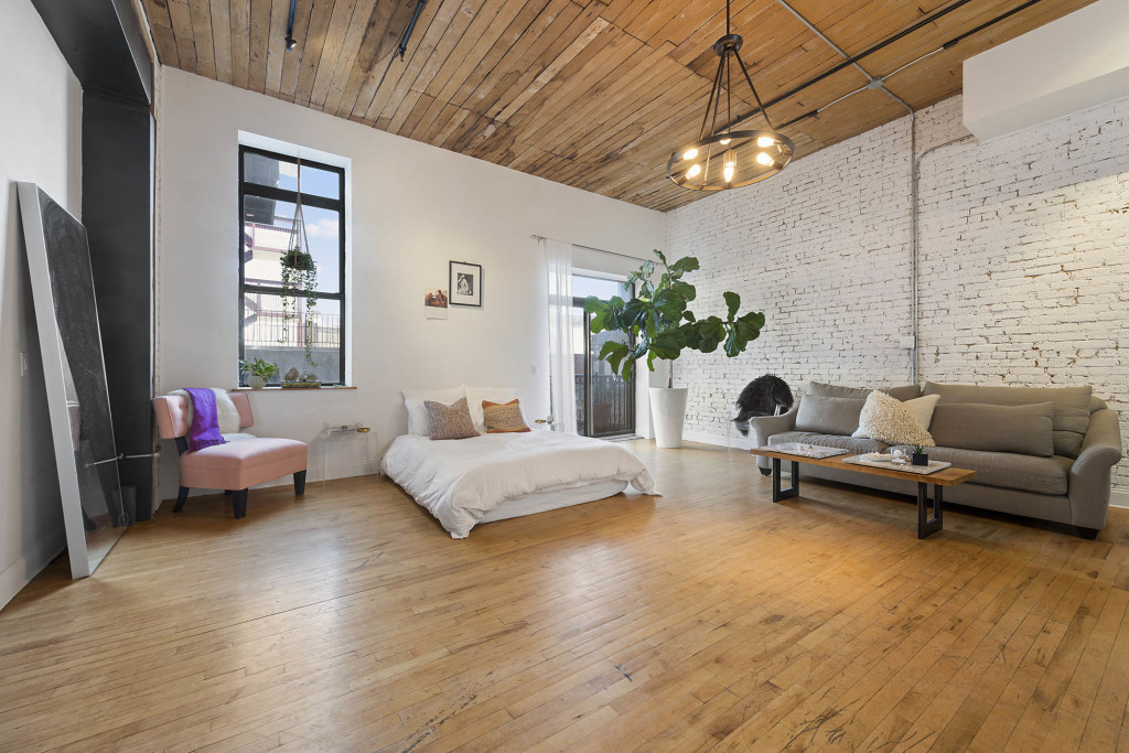 living room garage williamsburg studio asking 3 750 a month is 11218