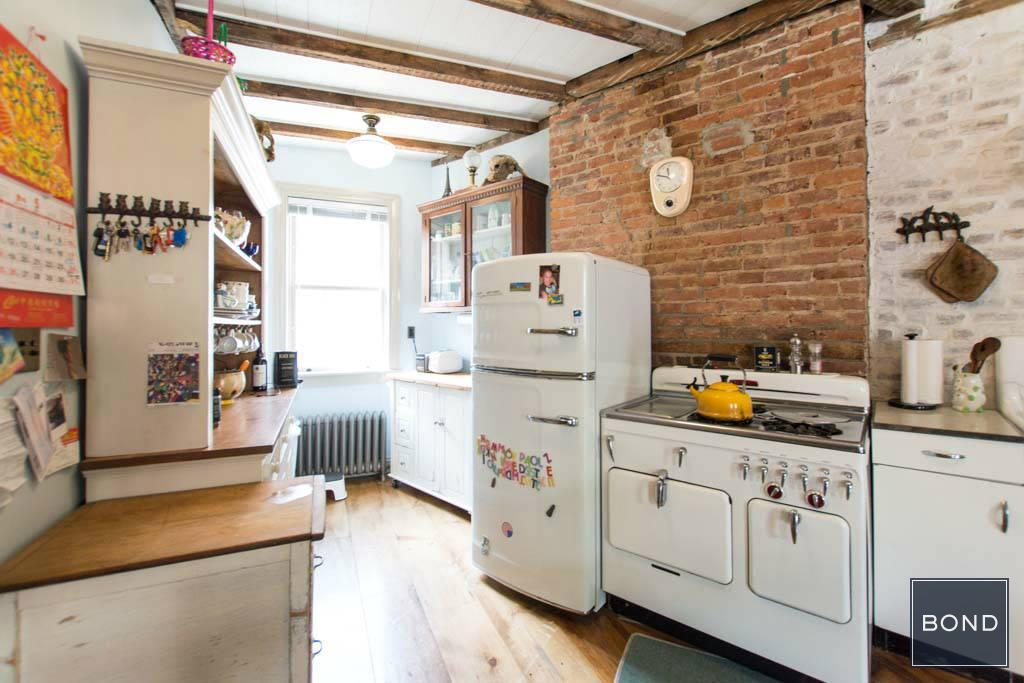 511 Grand Street, kitchen, vacation rental, lower east side,