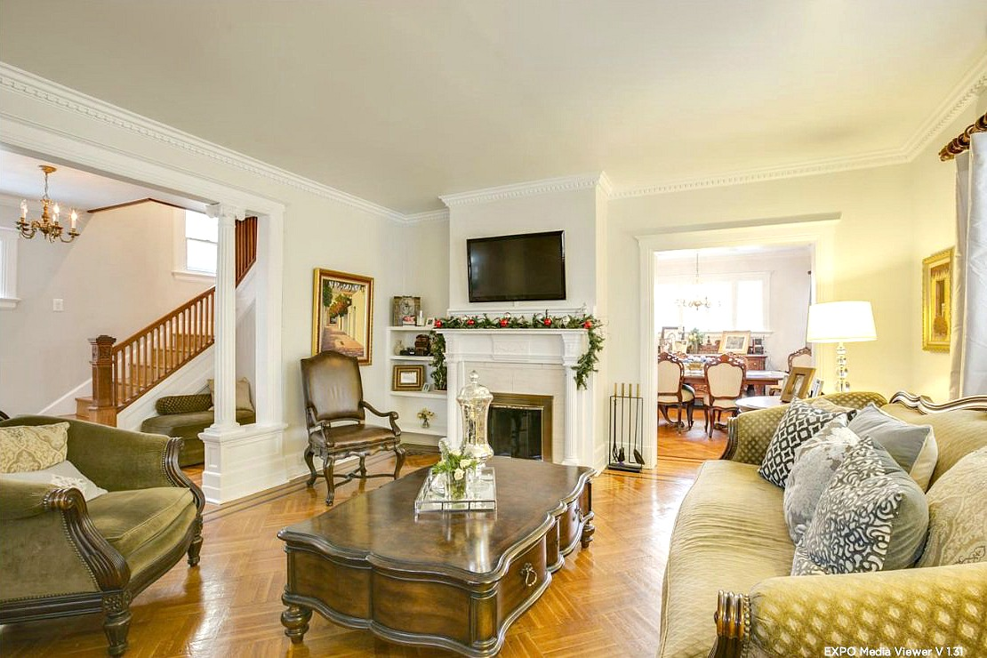 Freestanding Colonial Home Surpasses $1 Million in Flushing | 6sqft