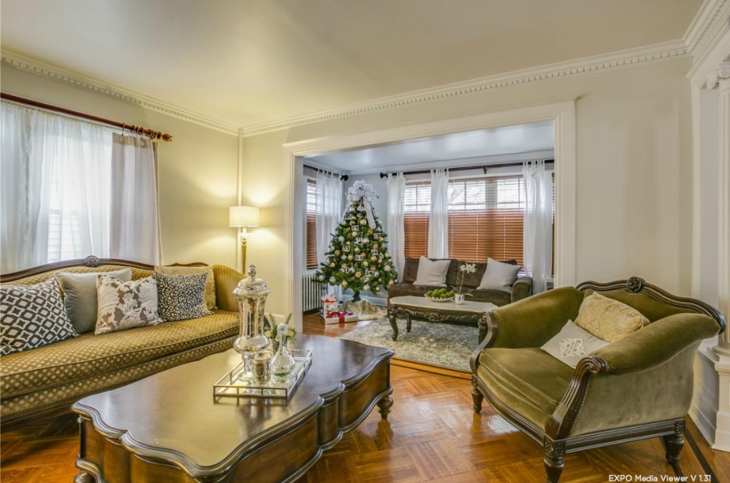 40-27 166th Street, flushing, living room, colonial, freestanding house
