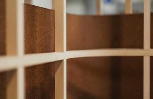 Chilean design, The Andes House, composite material, 'Ensamble', Pine Fibers Composite, Cholguán, Arauco, versatile room dividers, natural binding, offices-divider