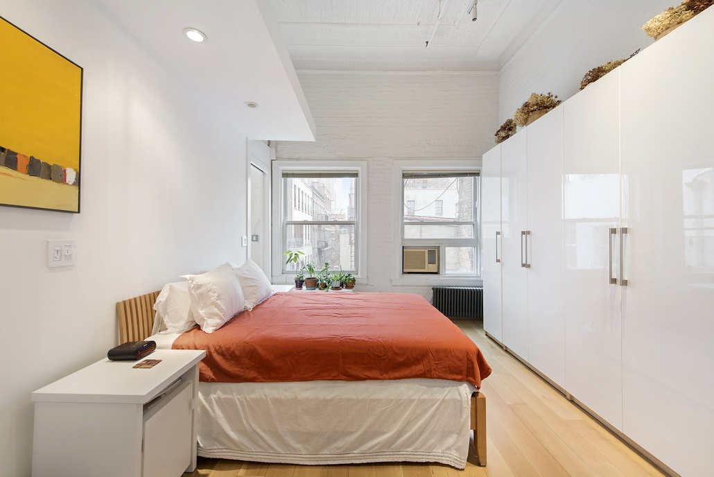 81 grand street, bedroom, soho, loft