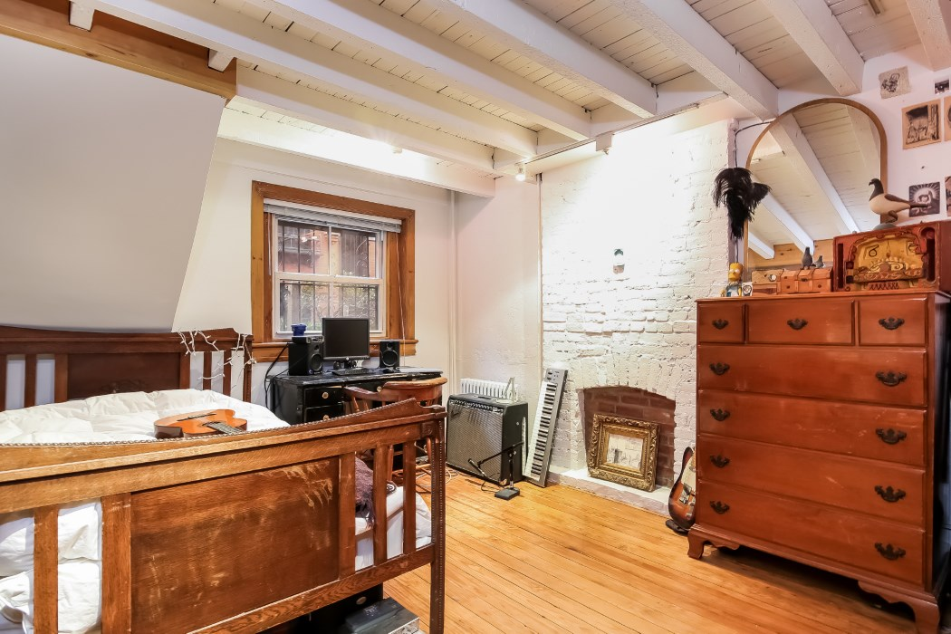 8 warren place, second bedroom, warren place mews, cobble hill