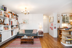 211 Berry Street, Williamsburg, living room