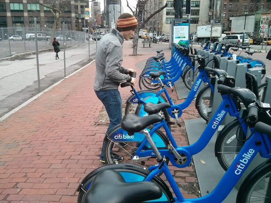 Mapping 22 Million Citi Bike Rides Across NYC | 6sqft on nyc school district map, bronx zip code map, proof of success map, hubway map, nyc bus map, nyc train map,