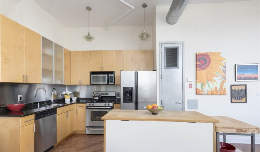 176 Johnson Street, toy factory lofts, kitchen