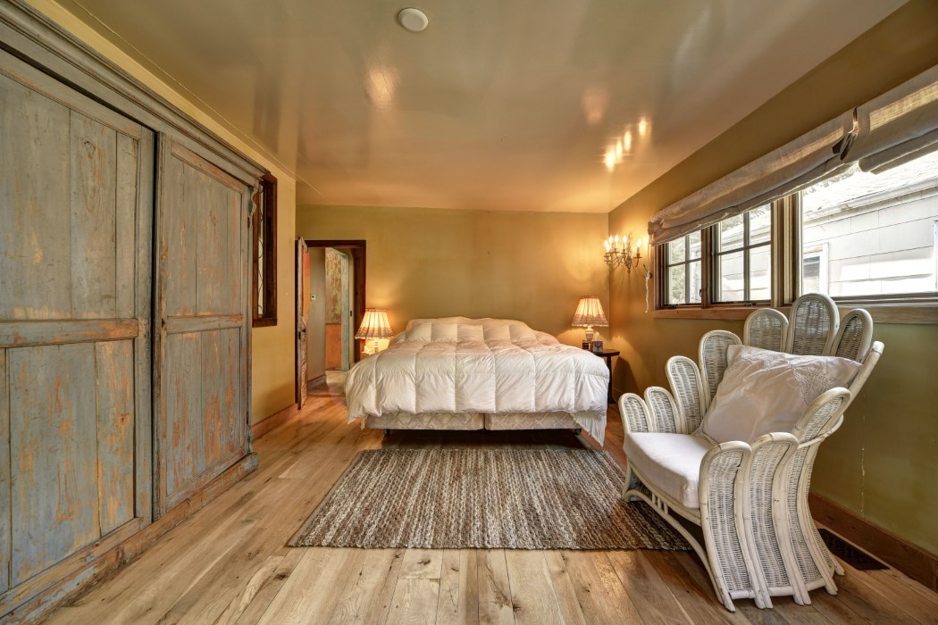 east hampton, beach house, bedroom