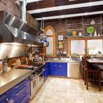 3 Riverside Drive Kitchen 2