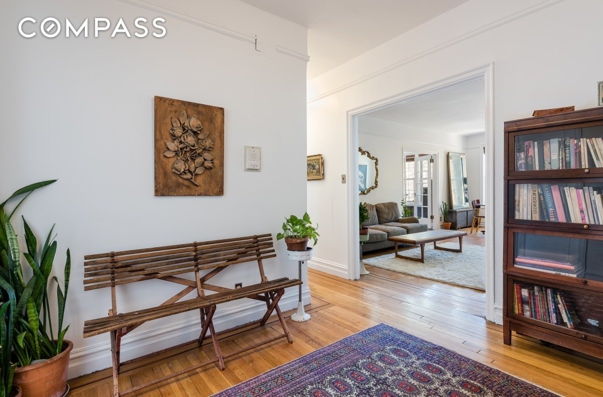451 clinton avenue, entryway, clinton hill, foyer