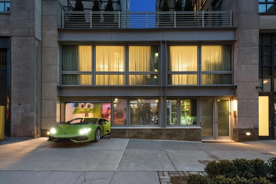 39 wolf of wall street 39 apartment with a tricked out private for Garage denney belfort